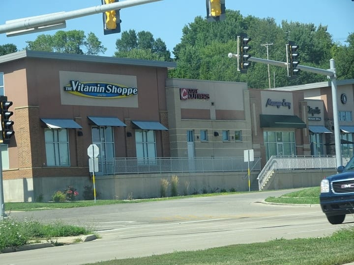vitamin shoppe bankrupt