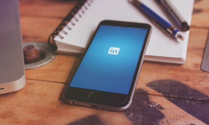 This Simple LinkedIn Trick Will Help You Score Your Dream Job