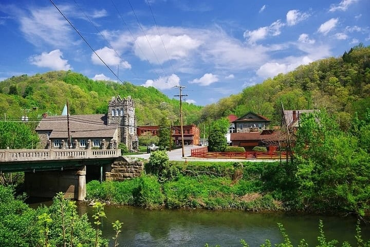 West Virginia, best states to retire