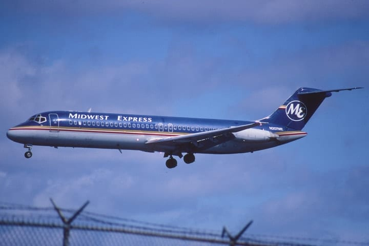 Midwest Express, defunct airlines