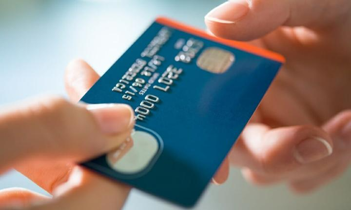 Tackle credit card debt quickly with a balance transfer card