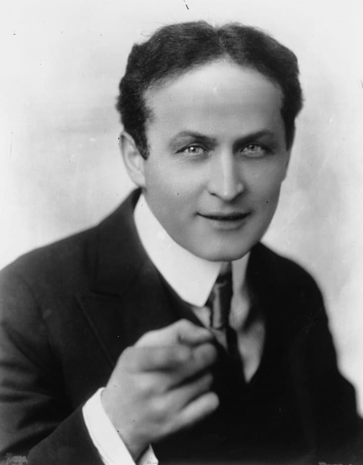 Harry Houdini, seance, inheritance, wills