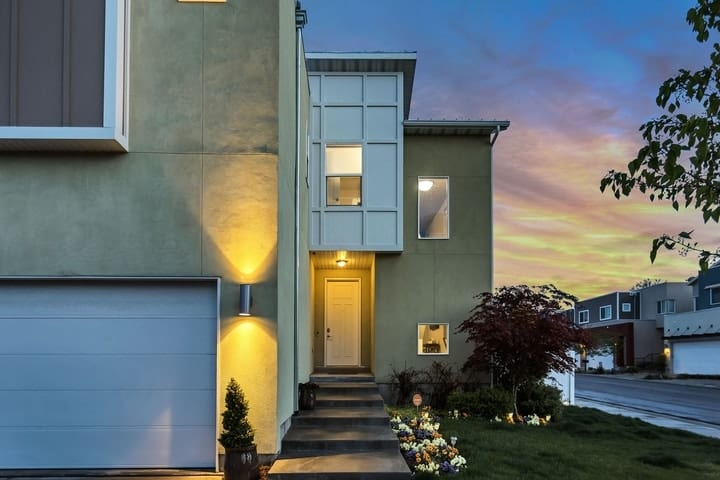 Buying a new home this summer? Get to know your mortgage loan estimate first