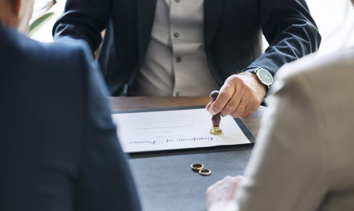 Managing your finances during divorce