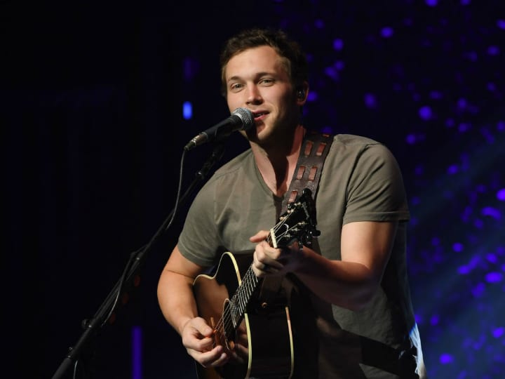 Musician Phillip Phillips performs at The Pearl at Palms Casino Resort on August 24, 2018 in Las Vegas, Nevada.