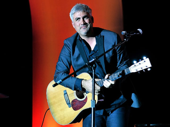 Recording artist Taylor Hicks performs at Tony La Russa's 3rd annual Leaders & Legends Gala benefitting the Animal Rescue Foundation at the MGM Grand Hotel/Casino on November 22, 2014 in Las Vegas, Nevada.
