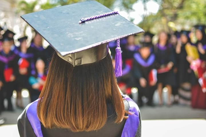 """7 """"first financial steps"""" college graduates need to make and the sooner the better"""