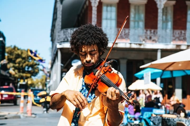side hustle, become a street performer