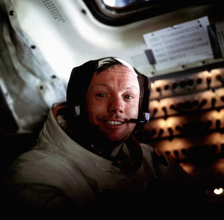 valuable autographs, Neil Armstrong