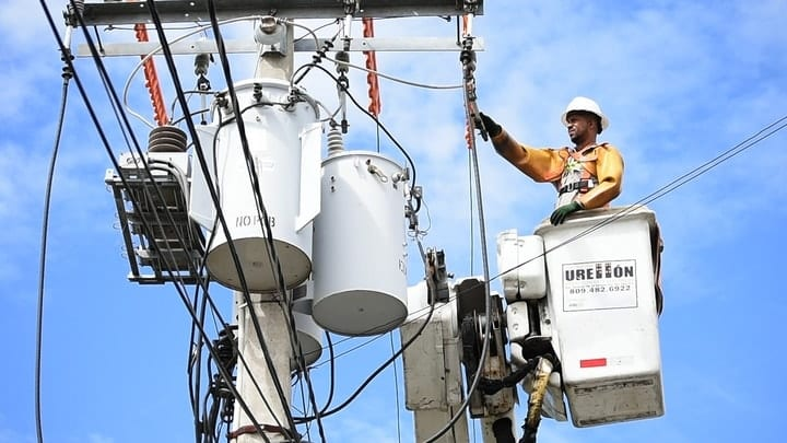 electrical power line installer and repairer, most dangerous jobs
