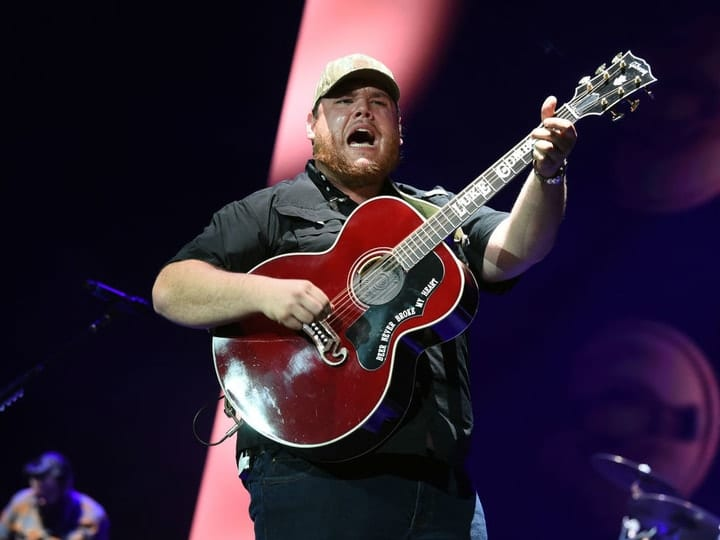 richest country music star, Luke Combs