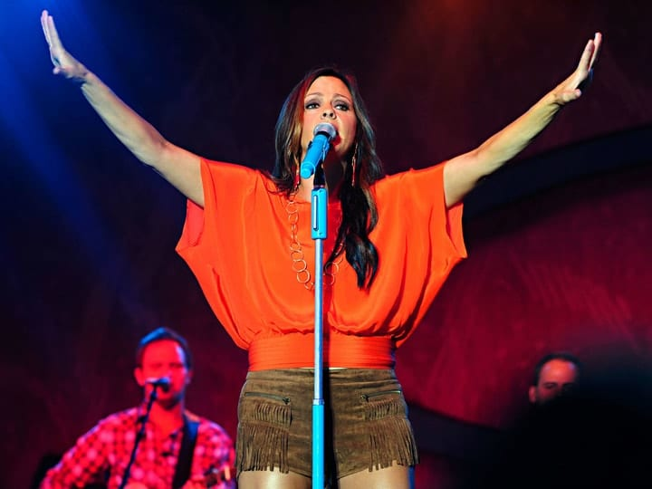 richest country music star, Sara Evans