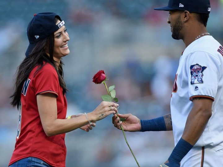 The Bachelor contracts