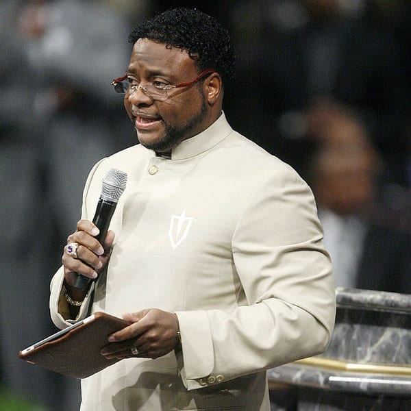 Eddie Long, rich religious leaders