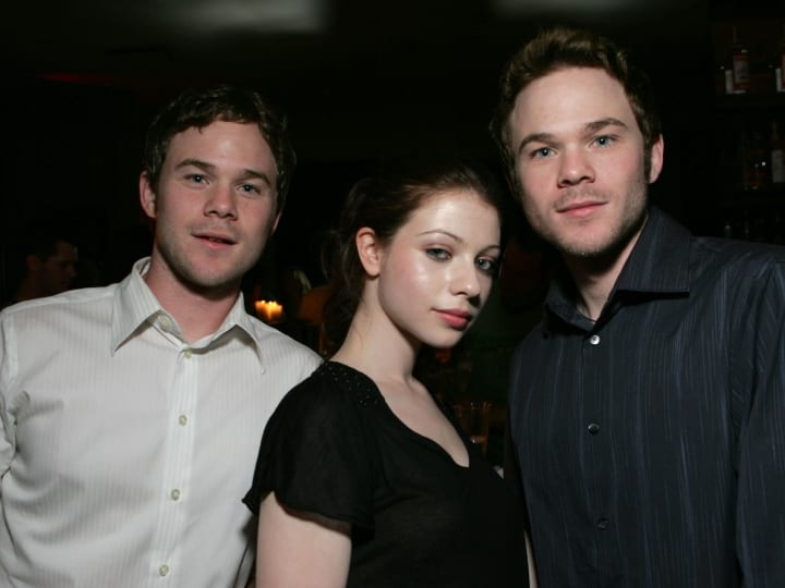 Aaron Ashmore, Michelle Trachtenberg and Shawn Ashmore