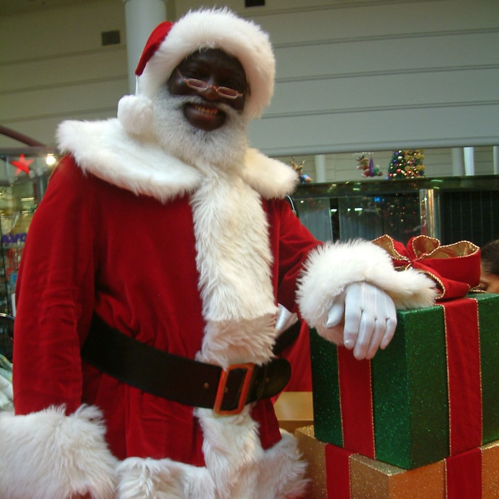 fake Santa, mall Santa, Santa impersonator