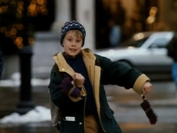 Home Alone 2: Lost in New York, highest earning holiday movies