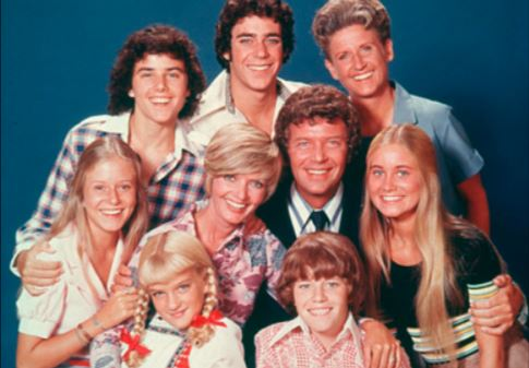 How much the cast of the Brady Bunch make off reruns