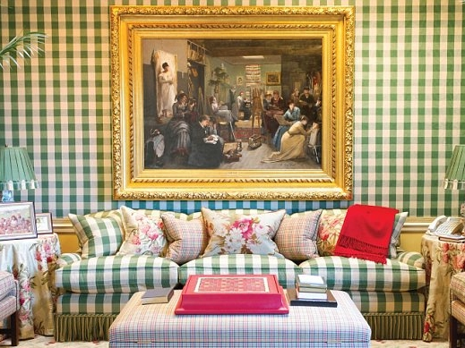 living room, plaid, couch, Oprah's home