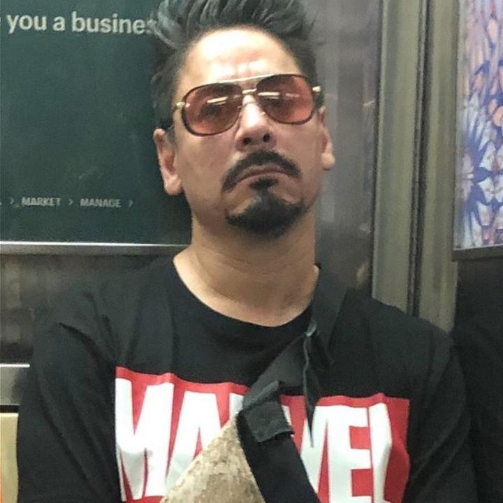 Tony stark on the train, Iron Man on the train